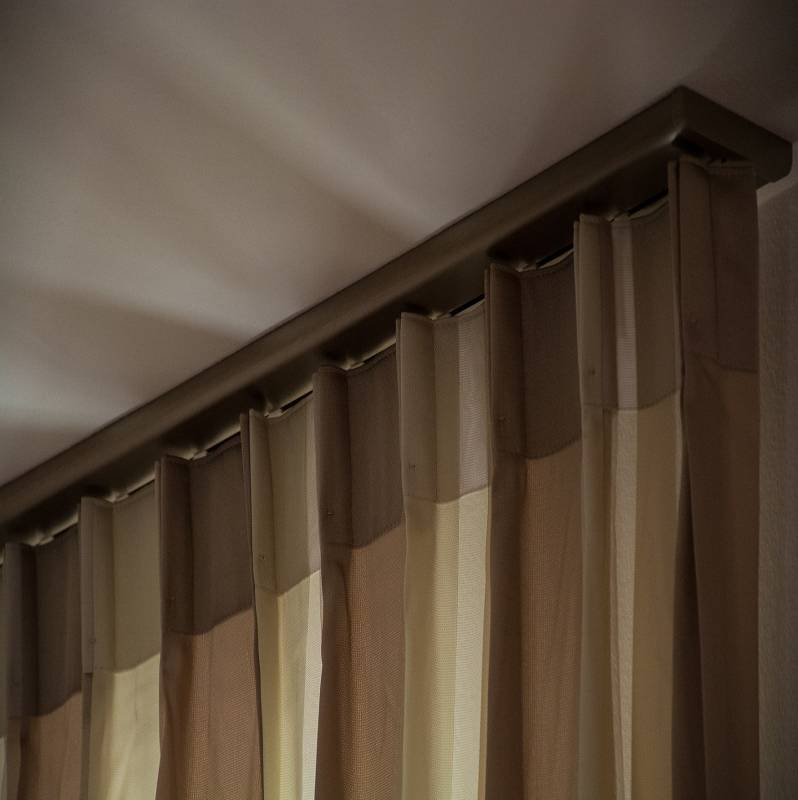 tende da interni a soffitto idea creativa della casa e dell